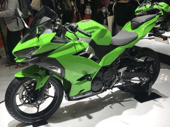 Фото Kawasaki Ninja 250